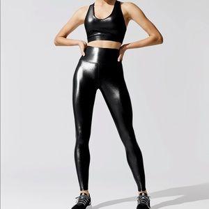 Carbon 38 Takara legging and top set